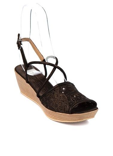%100 Deri Dolgu Topuk Ayakkabı Bueno